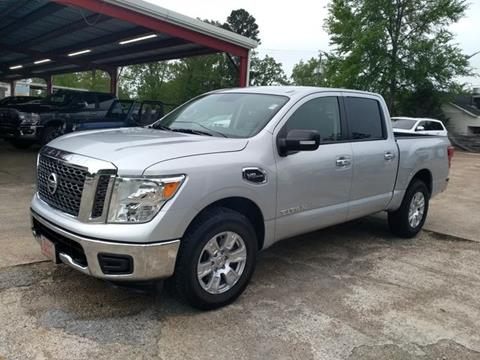 2017 Nissan Titan for sale in Houston, MS