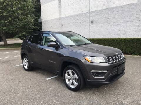 2018 Jeep Compass for sale at Select Auto in Smithtown NY