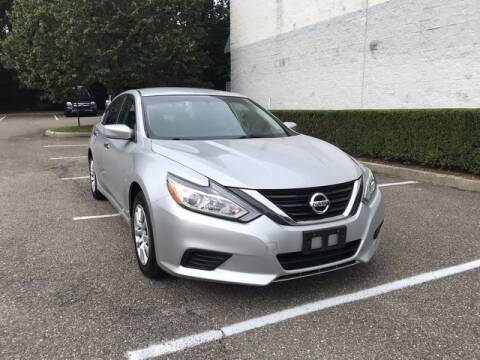 2017 Nissan Altima for sale at Select Auto in Smithtown NY
