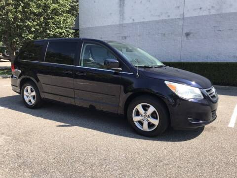 2010 Volkswagen Routan for sale at Select Auto in Smithtown NY