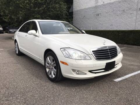 2009 Mercedes-Benz S-Class for sale at Select Auto in Smithtown NY