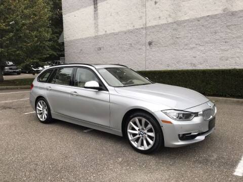 2014 BMW 3 Series for sale at Select Auto in Smithtown NY