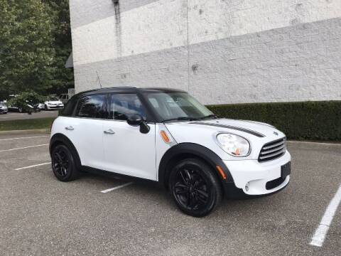 2012 MINI Cooper Countryman for sale at Select Auto in Smithtown NY