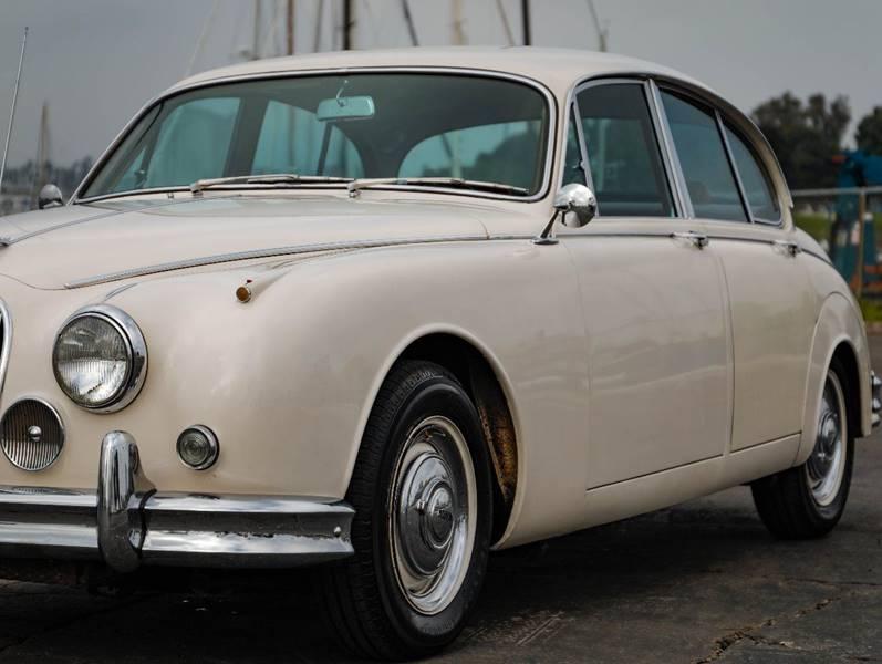 1962 Jaguar MK ll (image 3)