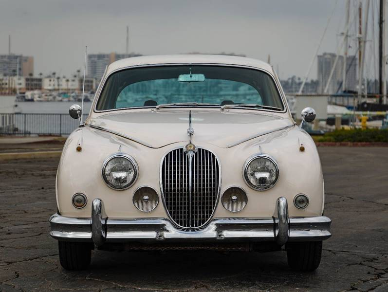 1962 Jaguar MK ll (image 7)