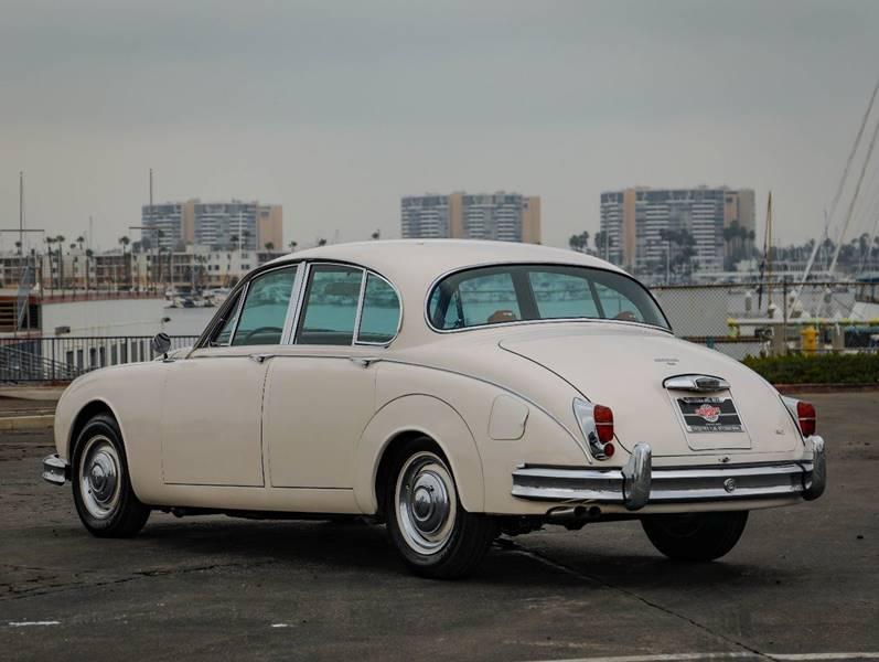 1962 Jaguar MK ll (image 8)