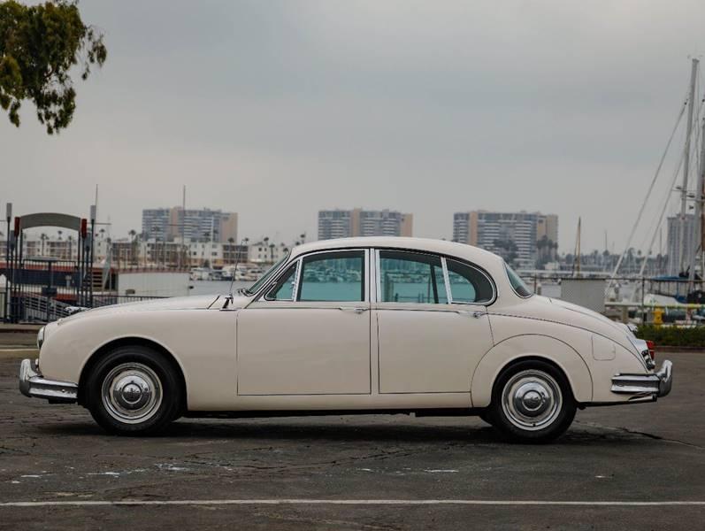 1962 Jaguar MK ll (image 15)