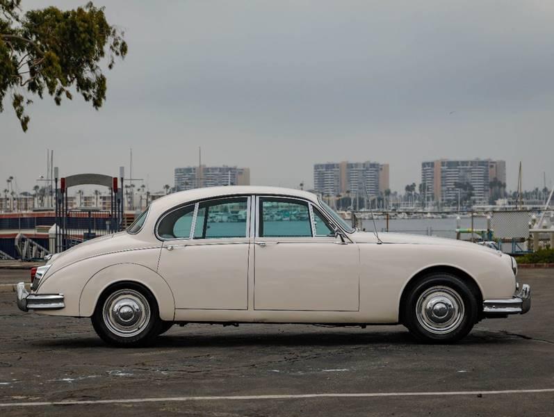 1962 Jaguar MK ll (image 16)