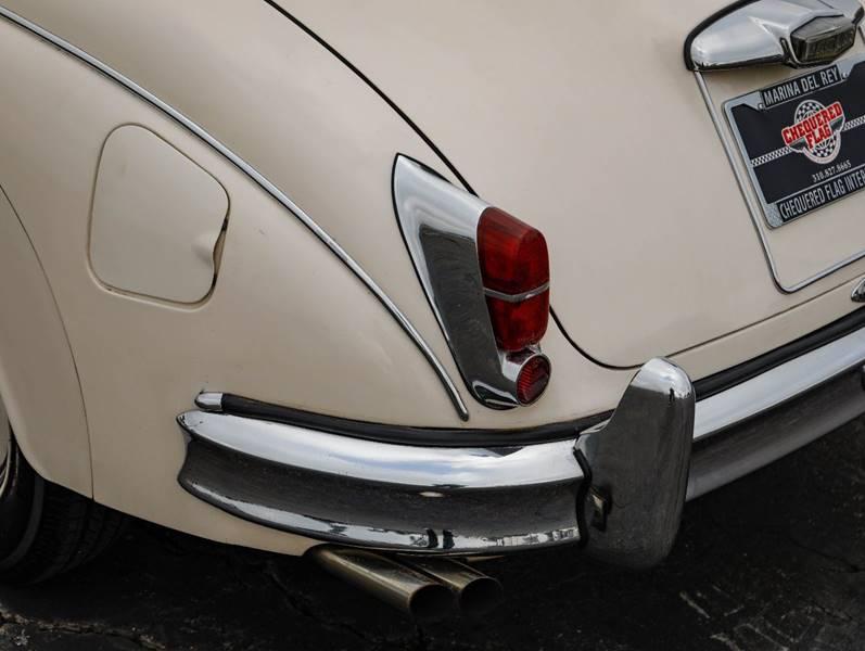 1962 Jaguar MK ll (image 17)