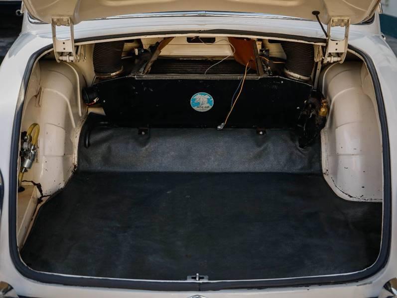 1962 Jaguar MK ll (image 28)
