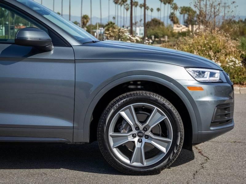 2020 Audi Q5 2.0T quattro Premium Plus (image 10)