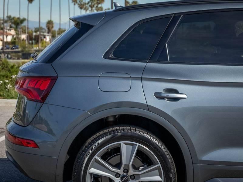 2020 Audi Q5 2.0T quattro Premium Plus (image 11)