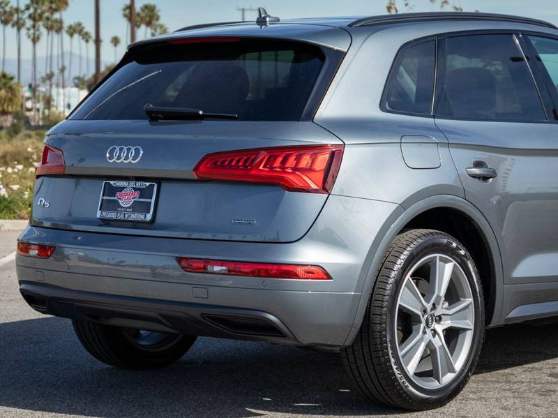 2020 Audi Q5 2.0T quattro Premium Plus (image 13)