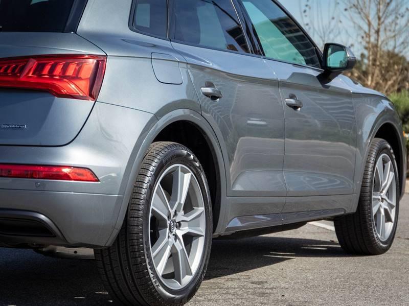 2020 Audi Q5 2.0T quattro Premium Plus (image 14)