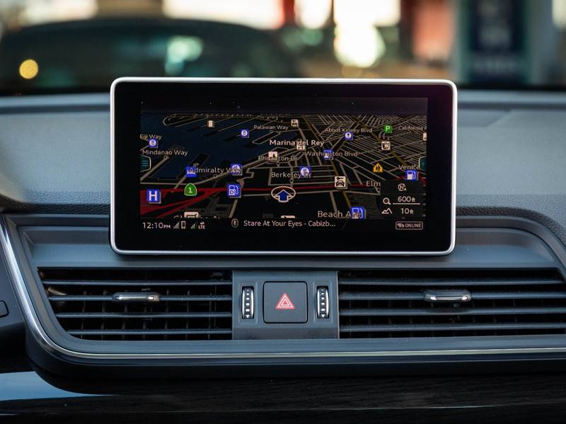 2020 Audi Q5 2.0T quattro Premium Plus (image 30)
