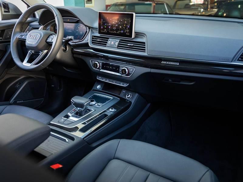 2020 Audi Q5 2.0T quattro Premium Plus (image 33)