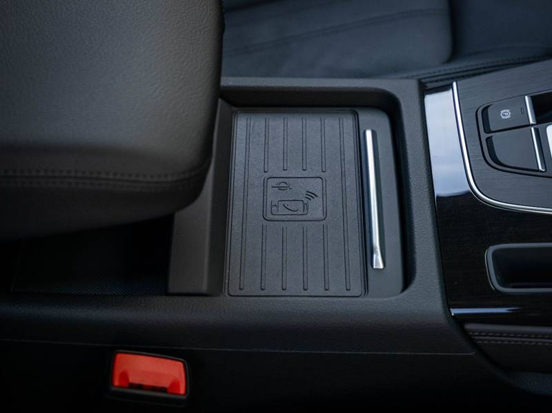 2020 Audi Q5 2.0T quattro Premium Plus (image 38)