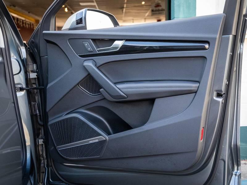 2020 Audi Q5 2.0T quattro Premium Plus (image 52)