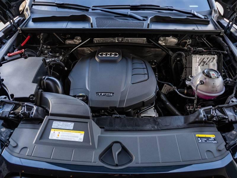 2020 Audi Q5 2.0T quattro Premium Plus (image 59)