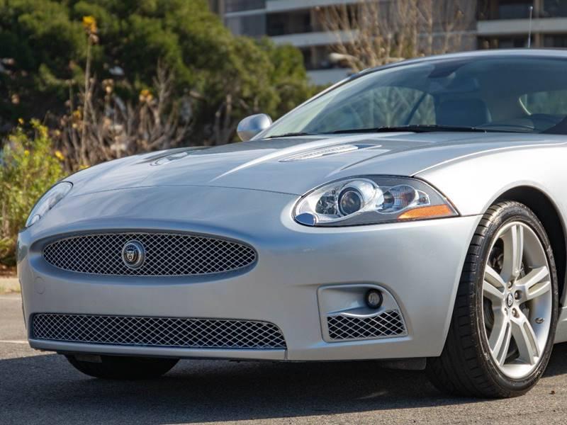 2007 Jaguar XK-Series XKR (image 2)
