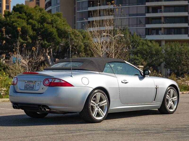 2007 Jaguar XK-Series XKR (image 13)