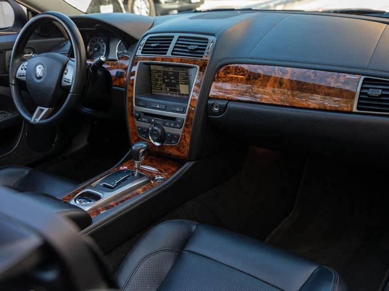 2007 Jaguar XK-Series XKR (image 32)