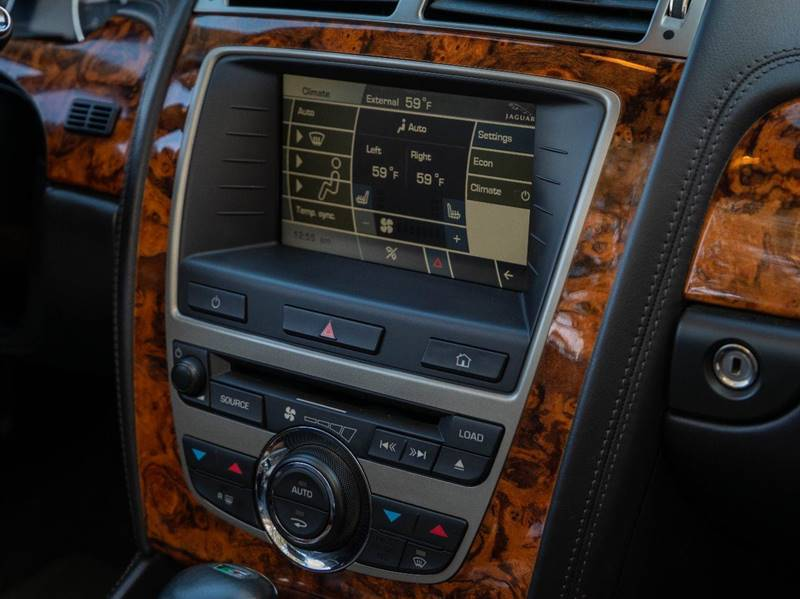 2007 Jaguar XK-Series XKR (image 37)