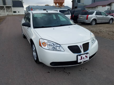 2008 Pontiac G6 for sale at J & S Auto Sales in Thompson ND