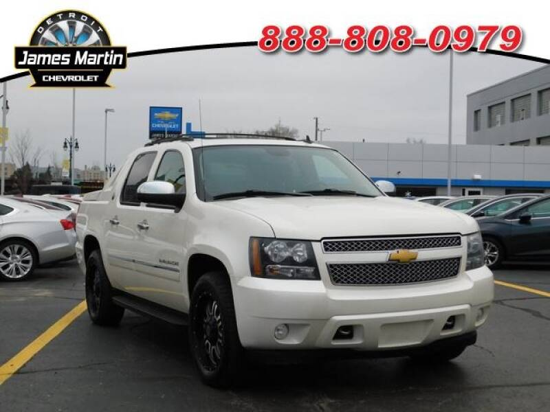 2013 Chevrolet Avalanche car for sale in Detroit