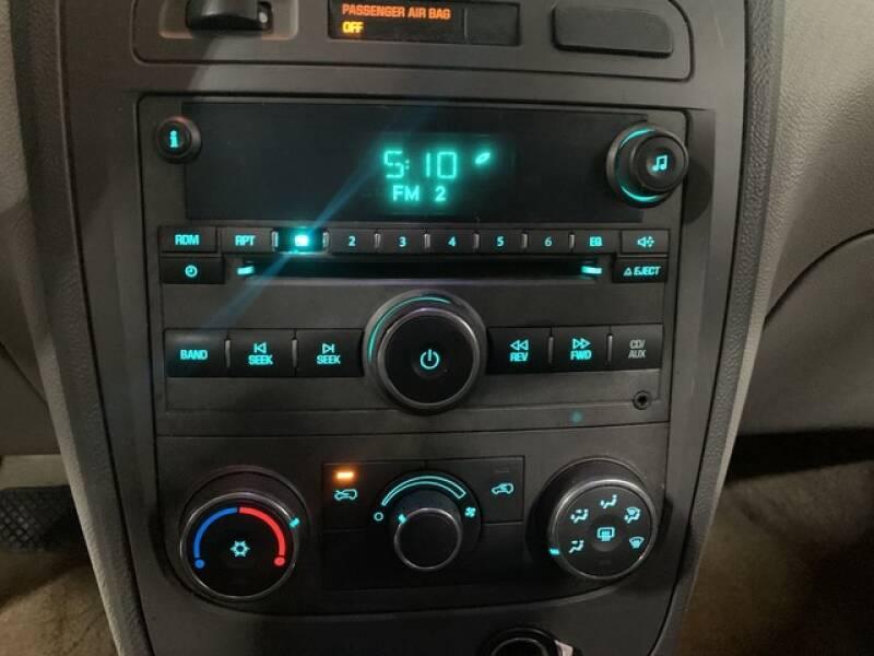2006 Chevrolet HHR LS (image 31)