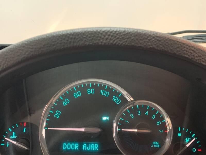 2006 Chevrolet HHR LS (image 29)