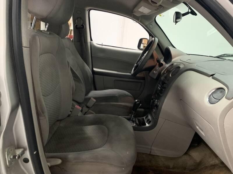 2006 Chevrolet HHR LS (image 13)