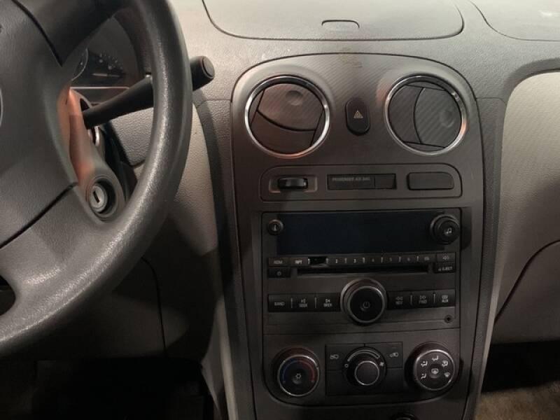 2006 Chevrolet HHR LS (image 28)
