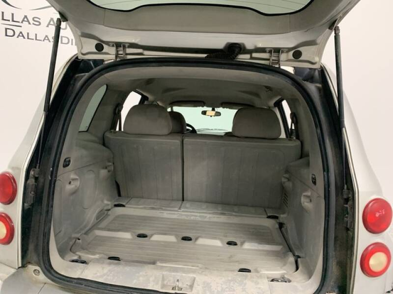 2006 Chevrolet HHR LS (image 25)