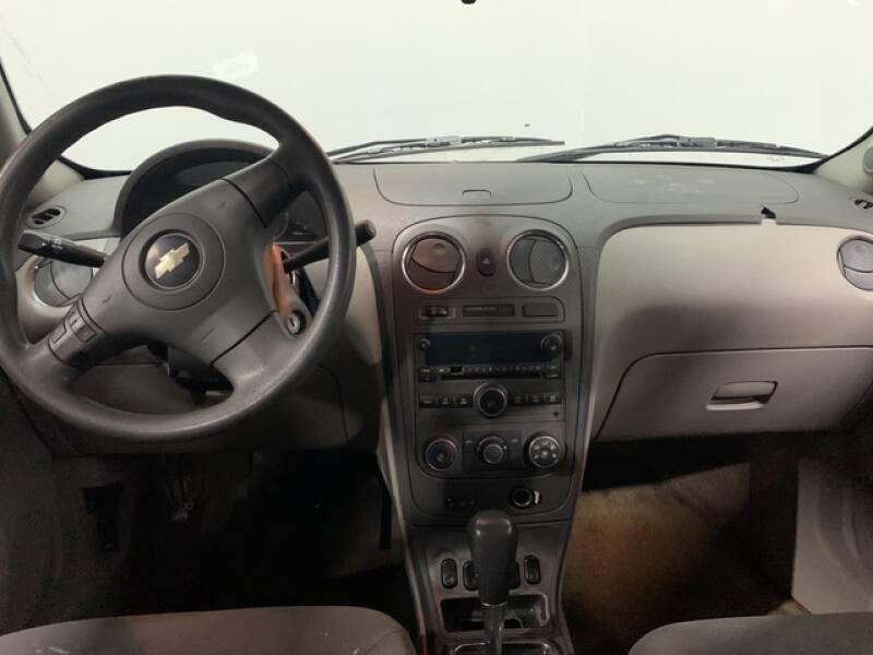 2006 Chevrolet HHR LS (image 26)