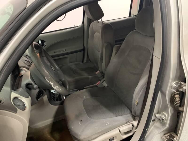 2006 Chevrolet HHR LS (image 10)