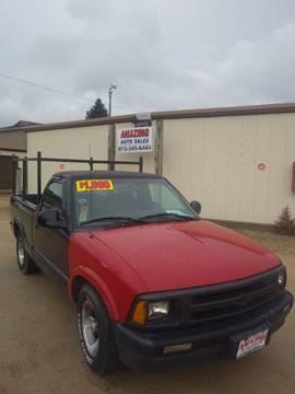 1997 Chevrolet S-10 for sale at AMAZING AUTO SALES in Marengo IL
