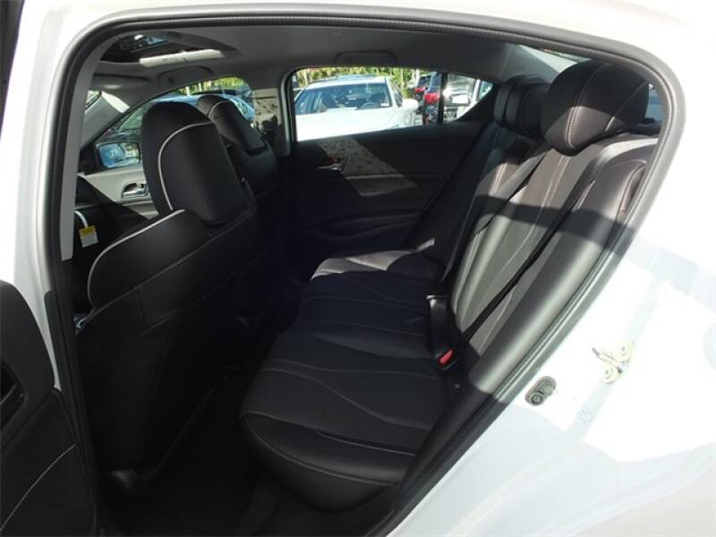 2020 Acura ILX (image 8)