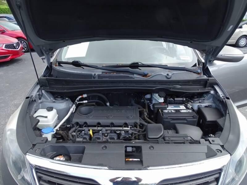 2013 Kia Sportage LX (image 29)