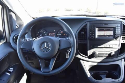 2020 Mercedes-Benz Metris