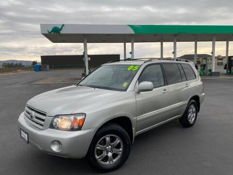 2005 Toyota Highlander for sale at Evolution Auto Sales LLC in Springville UT