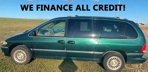 1996 Chrysler Town and Country for sale in Toronto, SD