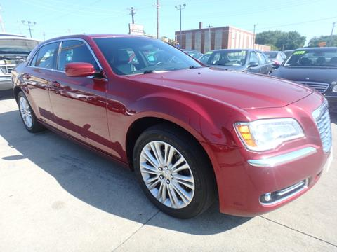 2014 Chrysler 300 for sale in Des Moines, IA