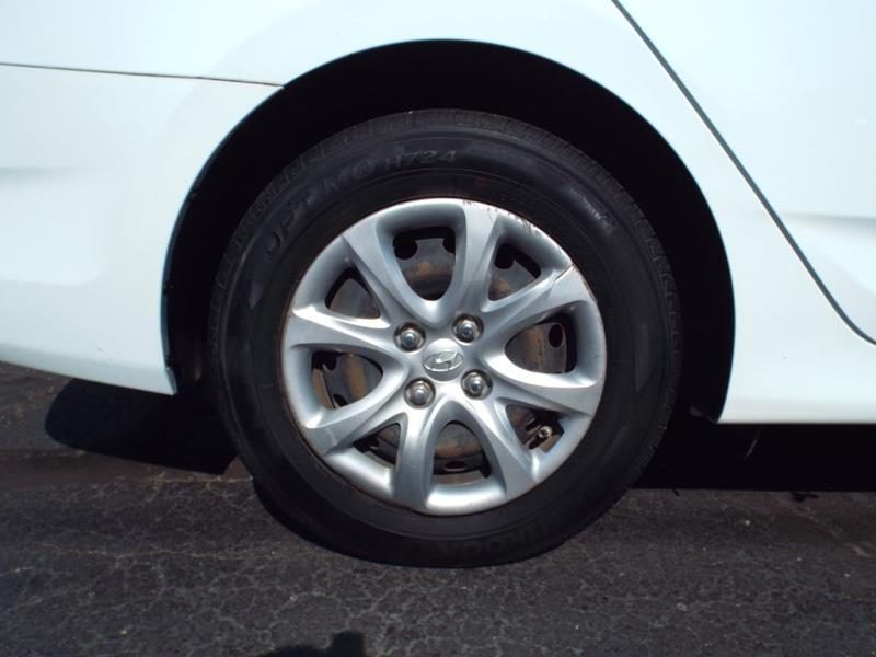 2014 Hyundai Accent GLS 4dr Sedan for sale at Carena Motors