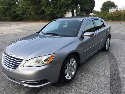 2013 Chrysler 200 for sale in Fairburn, GA