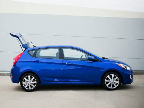 2014 Hyundai Accent for sale at Metairie Preowned Superstore in Metairie LA