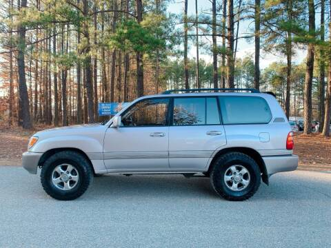 2001 Toyota Land Cruiser for sale at H&C Auto in Oilville VA