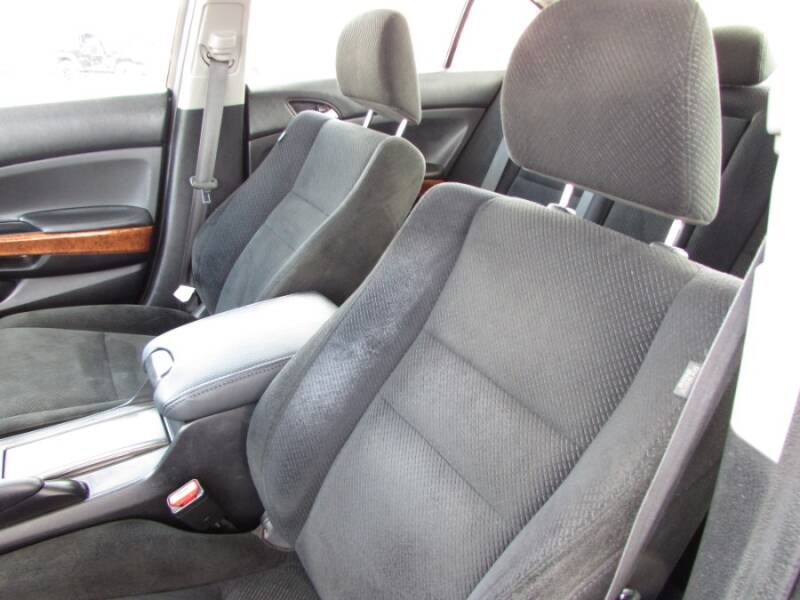2011 Honda Accord EX V6 (image 18)