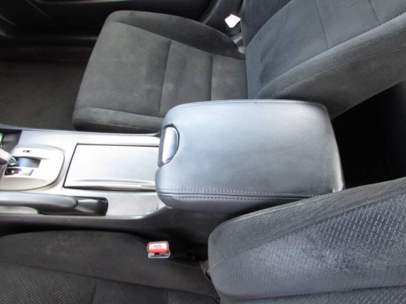 2011 Honda Accord EX V6 (image 19)