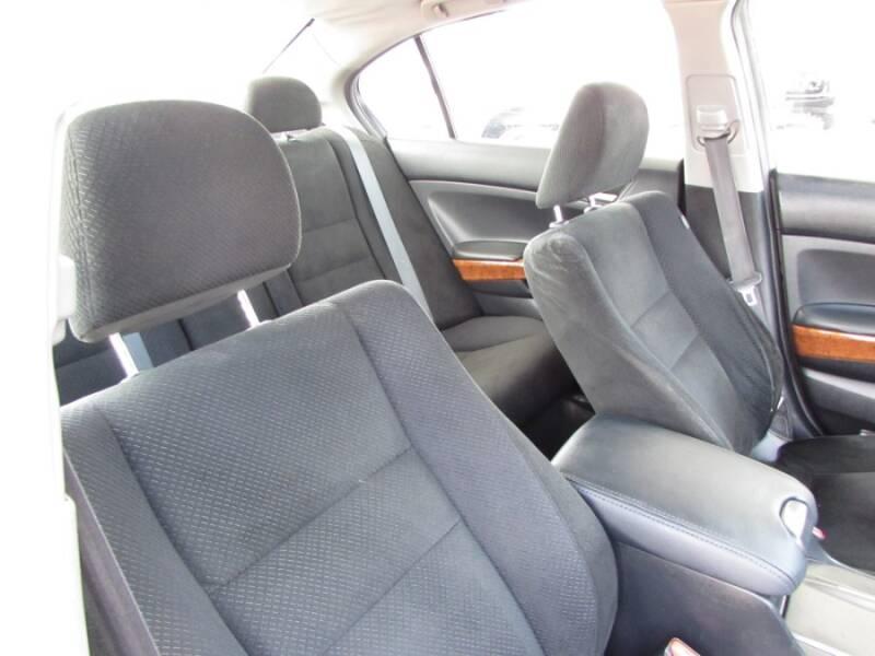 2011 Honda Accord EX V6 (image 44)